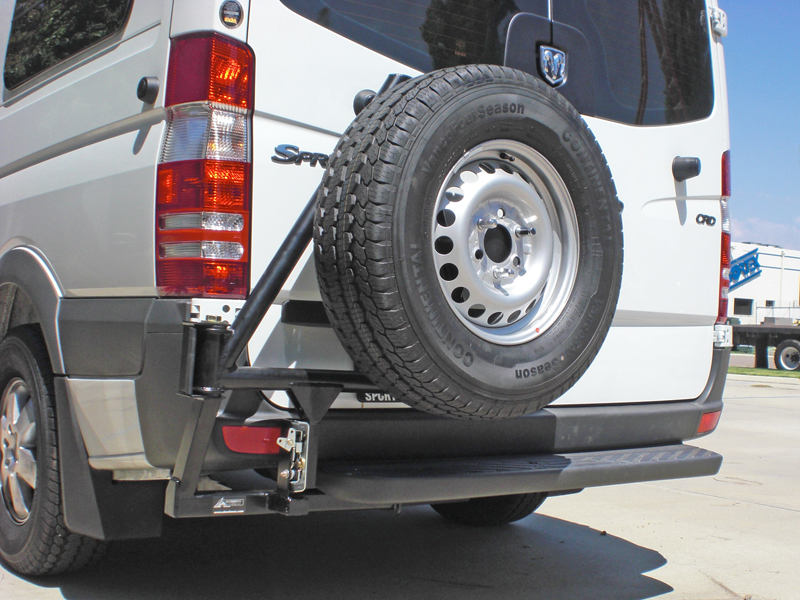 Aluminess tailgate spare tyre mount
